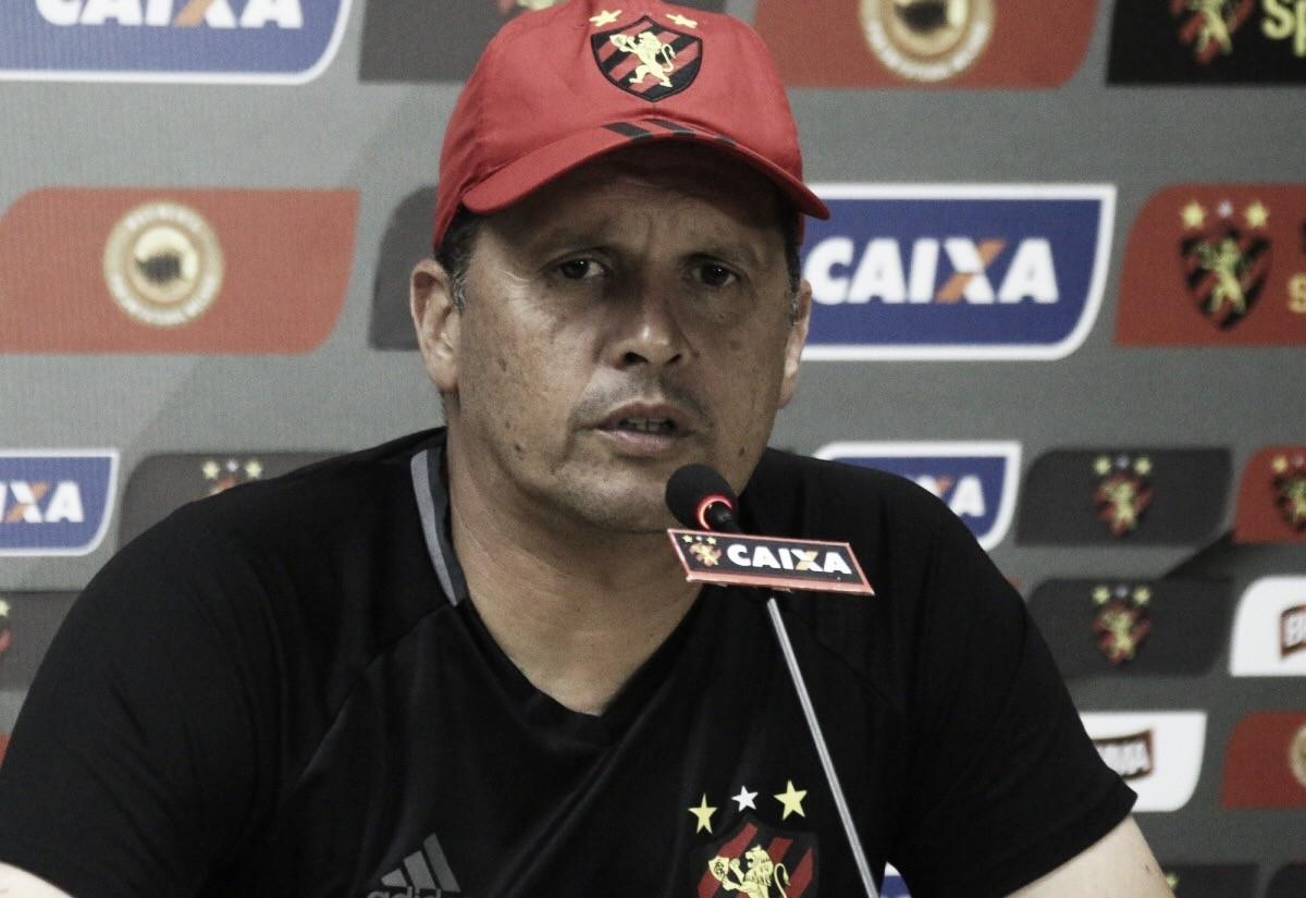 """Após nova derrota, Claudinei Oliveira lamenta chances perdidas pelo Sport: """"Temos que fazer gols"""""""