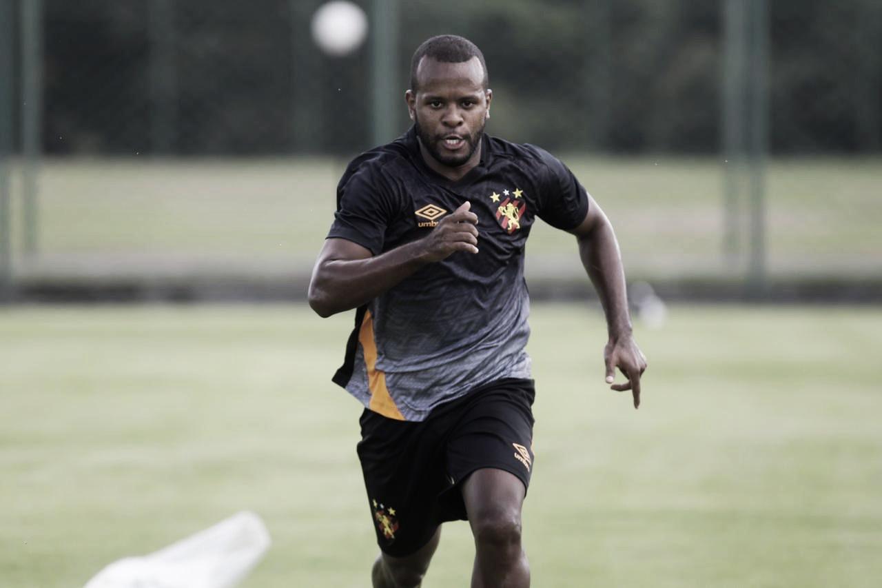 Reforço do Sport, atacante Phillip se diz 'muito empolgado' pela perspectiva de estreia