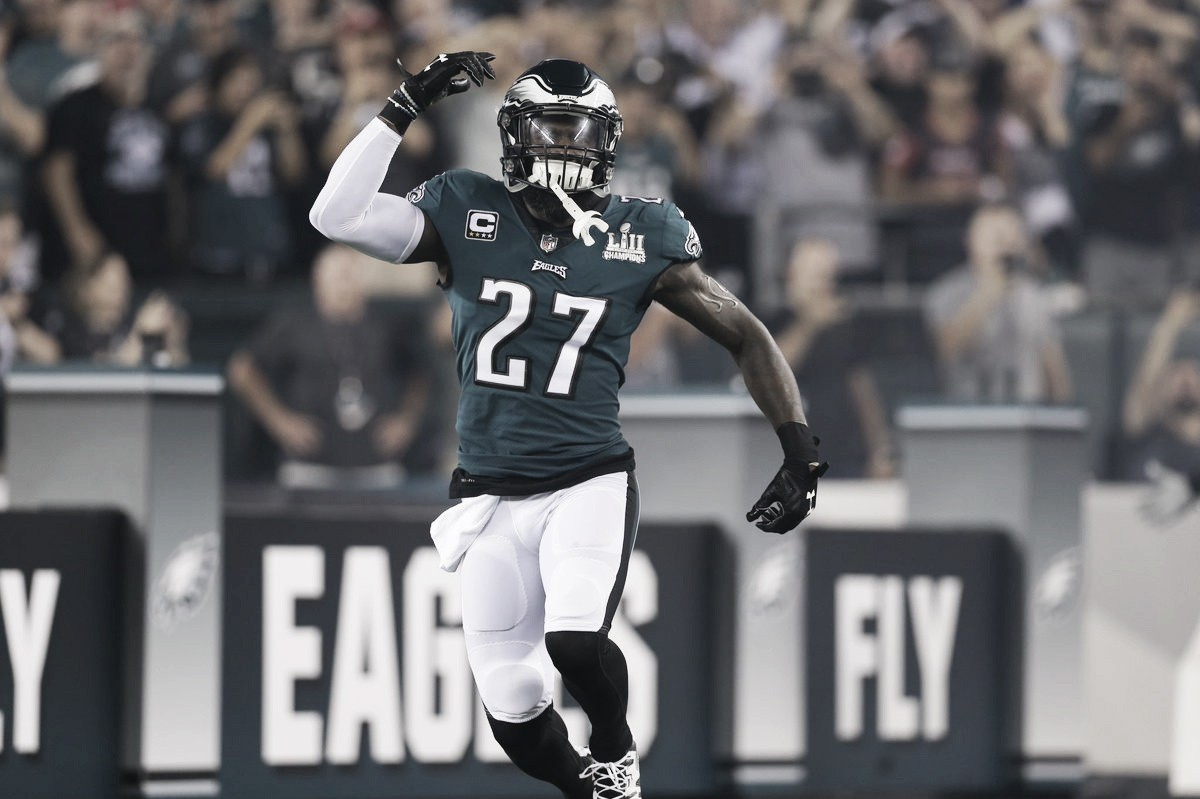 Los campeones reinantes Philadelphia Eagles debutaron con un ajustado triunfo frente a los Atlanta Falcons
