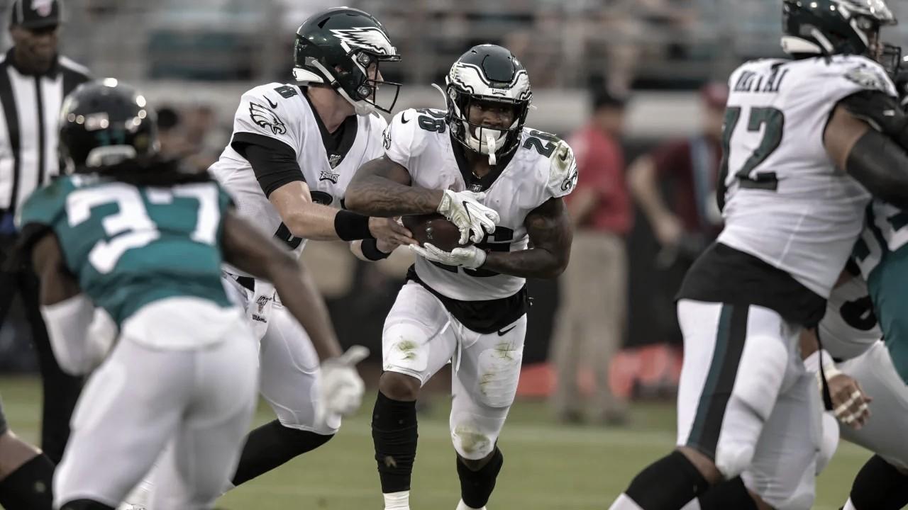 Eagles saca la victoria ante un inoperante Jacksonville