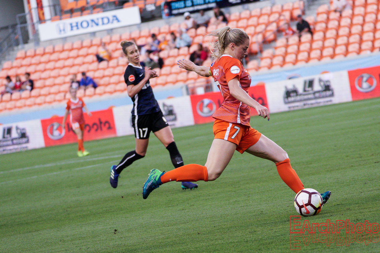 Kealia Ohai headed to Chicago Red Stars in Houston Dash trade
