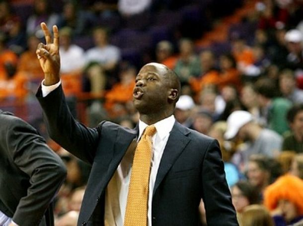 College Of Charleston Hires New Basketball Coach