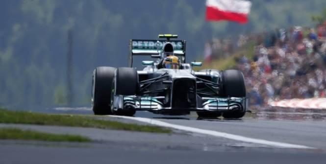 Mercedes aura accès aux données Pirelli de Silverstone
