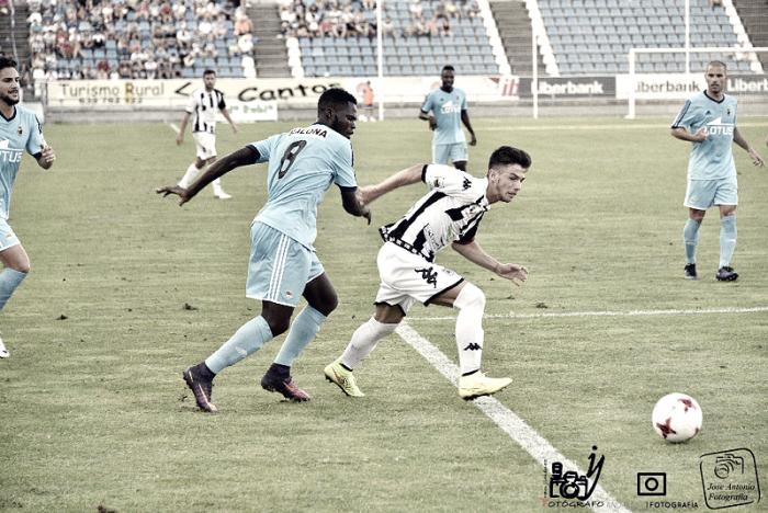 Un Badajoz superior no pasa del empate ante la Balompédica (1-1)