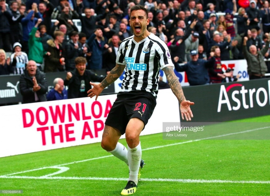 Joselu leaves Newcastle for home comforts in Spain