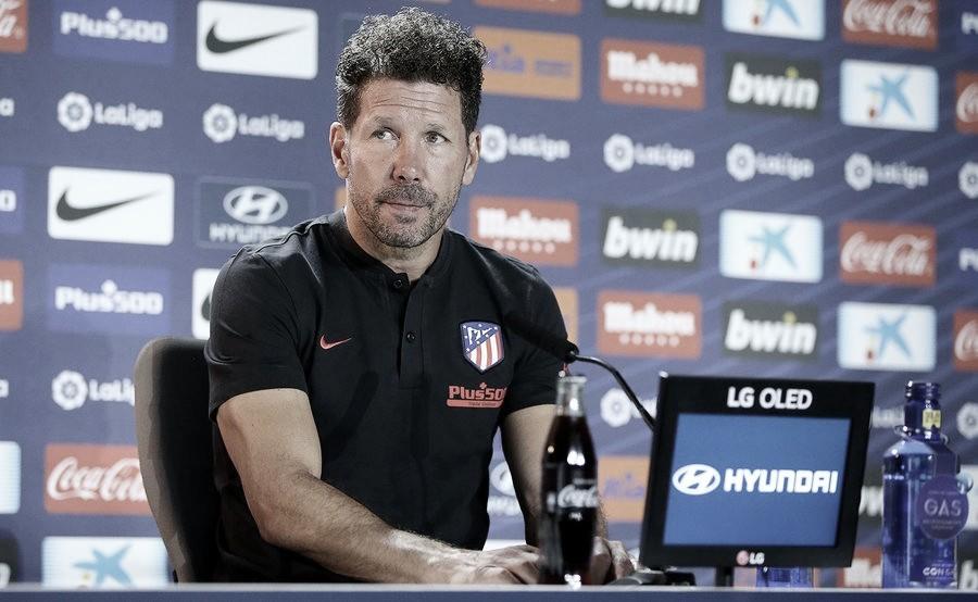 """Simeone: """"Tenemos un partido duro, con un equipo que trabaja bien la faceta defensiva"""""""