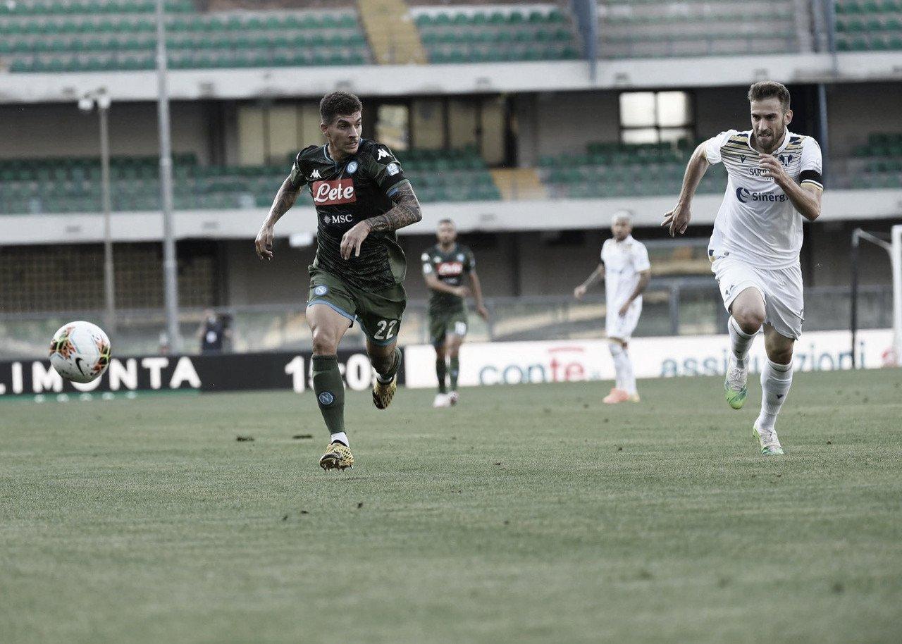 Com um gol em cada tempo, Napoli supera Hellas Verona e mantém sequência positiva