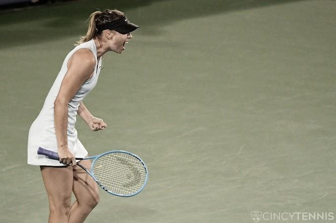 Sharapova vence Riske e marca encontro com Barty em Cincinnati