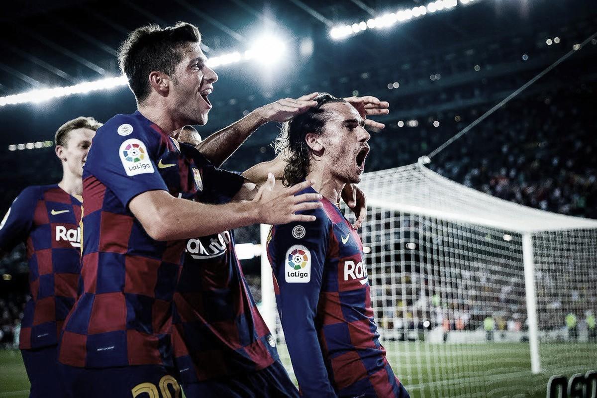 Em duelo de sete gols, Barcelona goleia Real Betis de virada