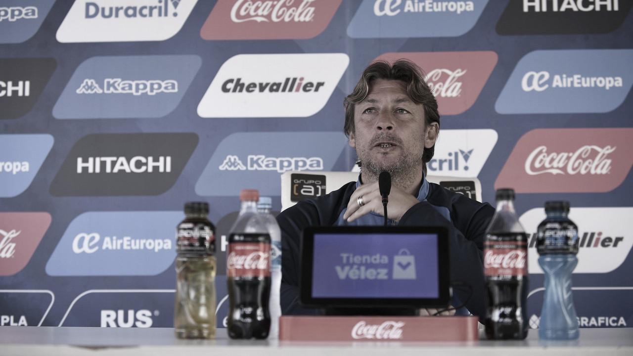 """Heinze: """"Ahora cambiamos porque los jugadores me lo pedían"""""""