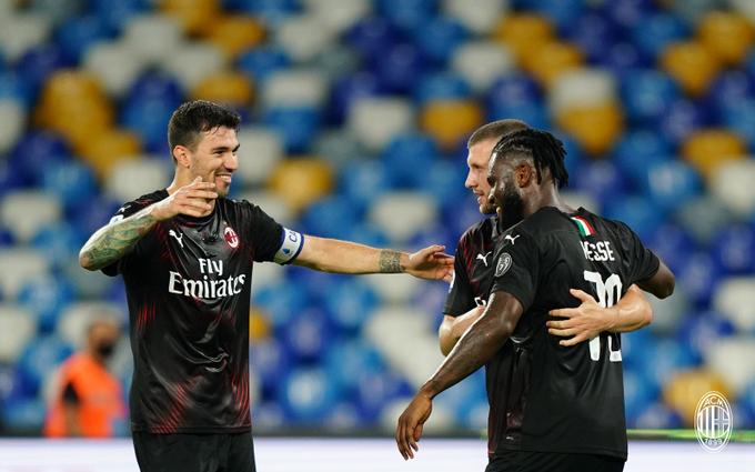 Milan - La stanchezza mentale di Napoli, ora testa al Parma con un piccolo turnover