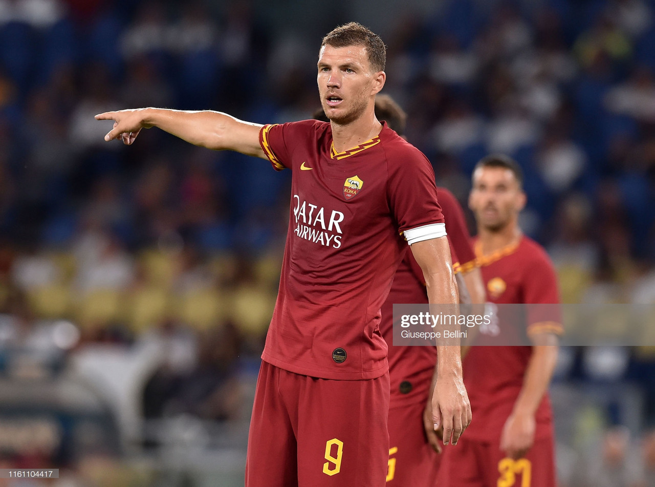 Edin Dzeko re-signs with AS Roma