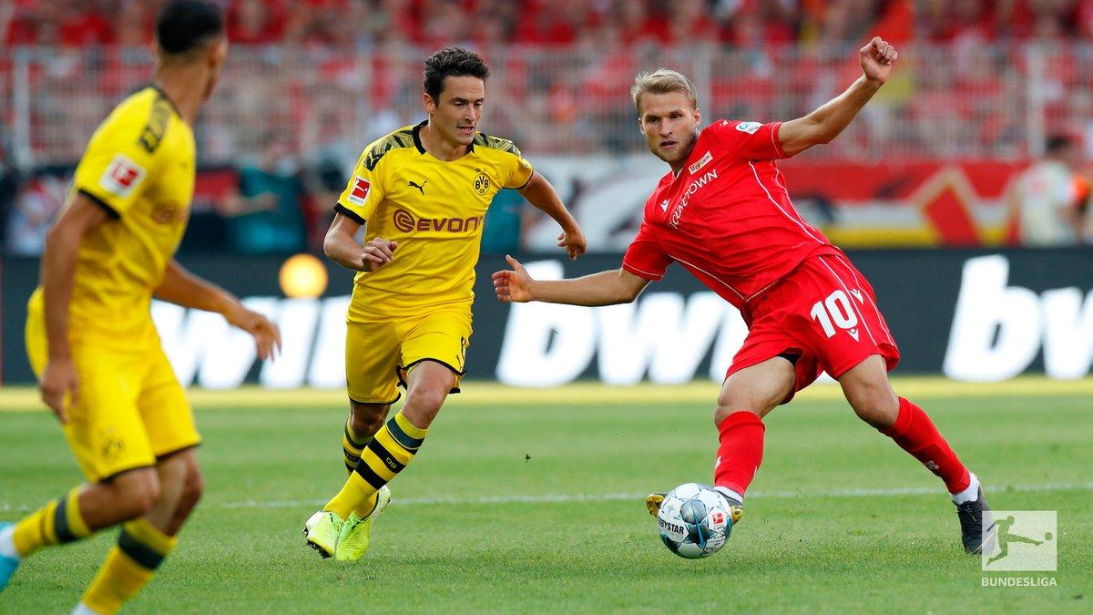 Bundesliga-Crollo del Dortmund a sorpresa. Il Bayern vince tennisticamente