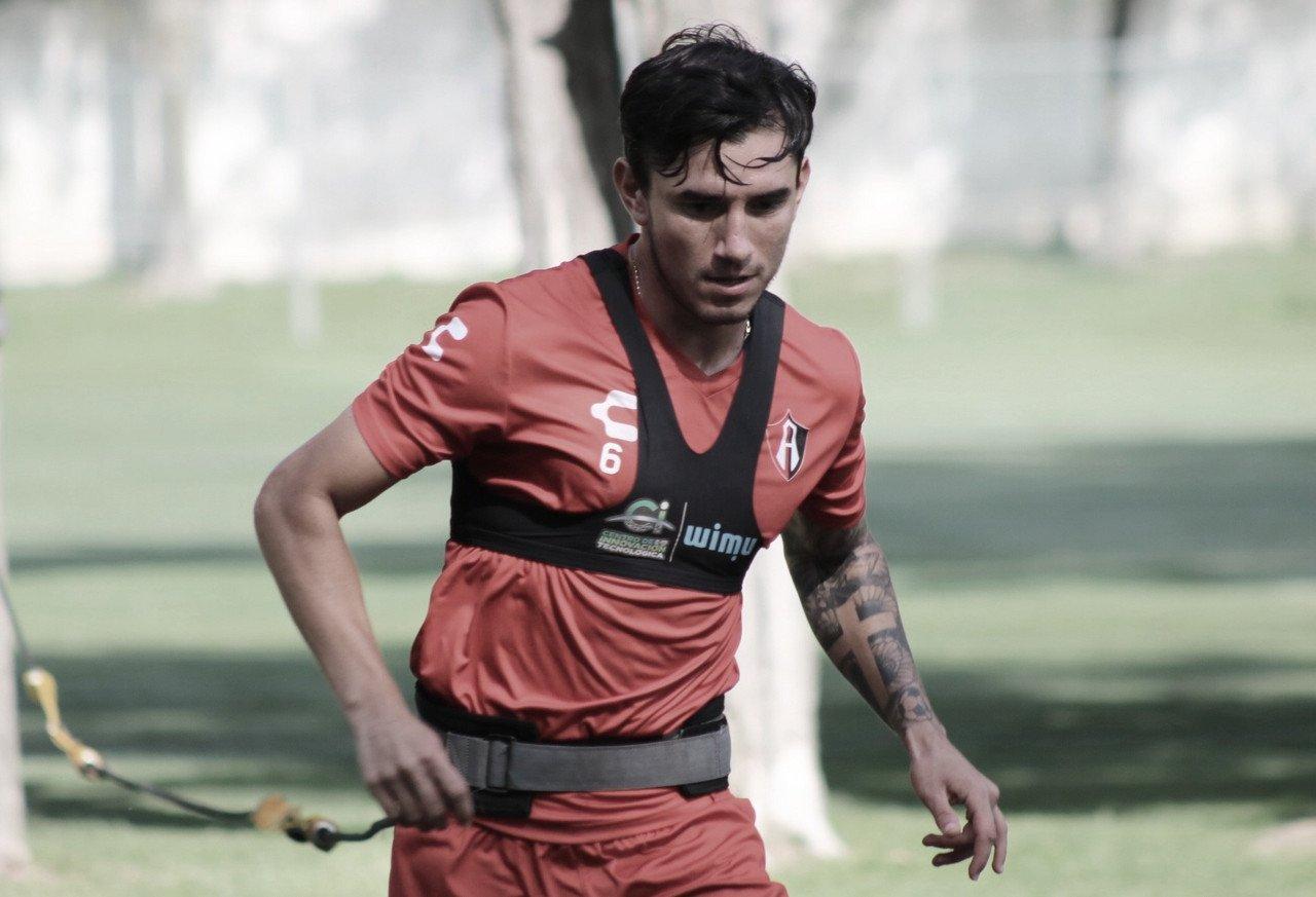 Edgar Zaldívar presenta ruptura del ligamento cruzado anterior