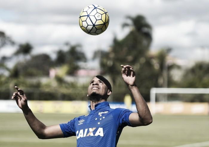 Edimar é registrado no BID e pode estrear pelo Cruzeiro