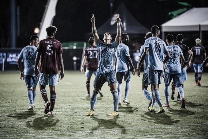 Sporting KC gana con sufrimiento