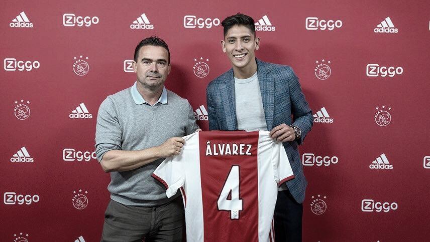 El Ajax presenta a Edson Álvarez