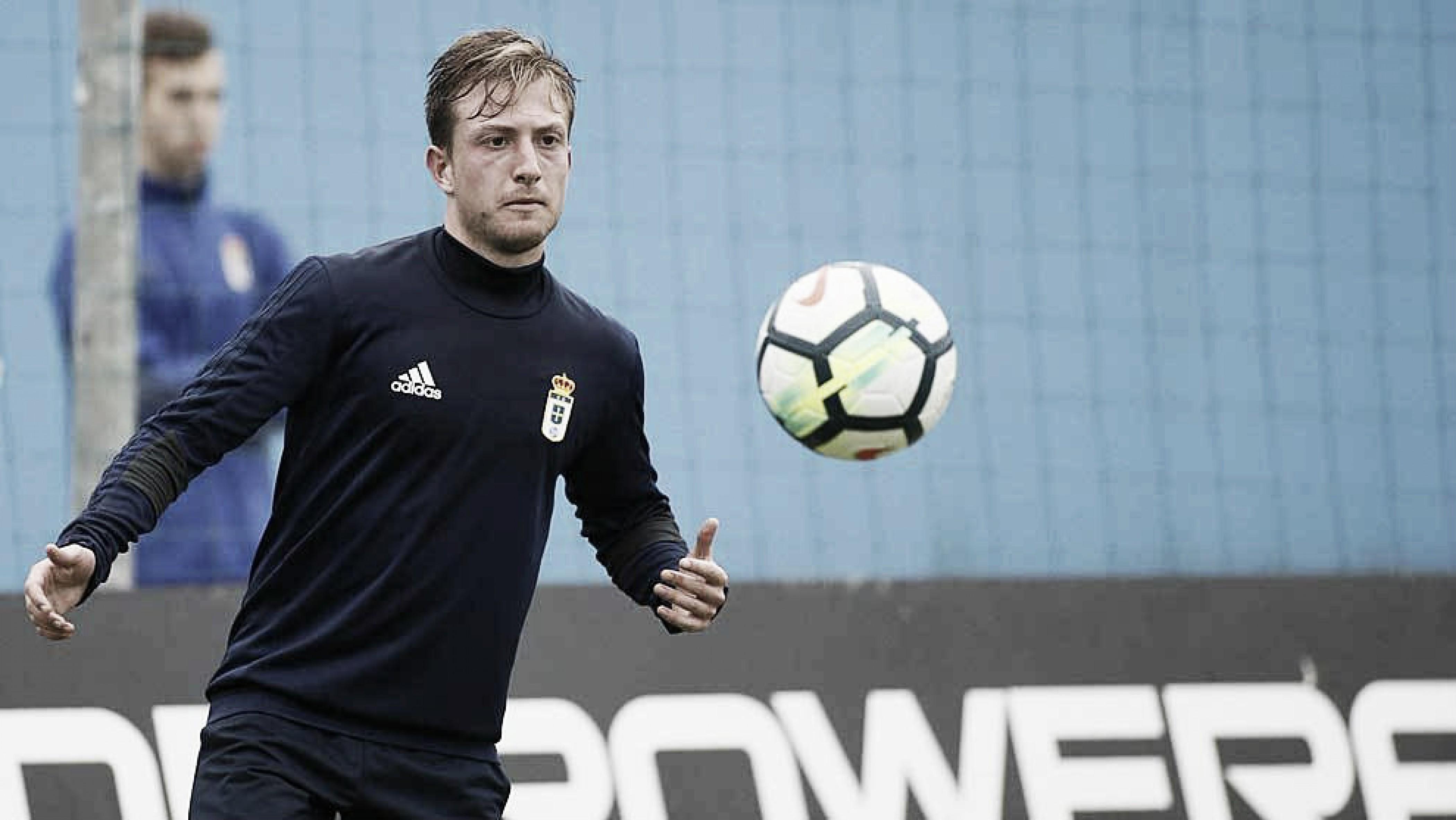 Real Oviedo: Edu Cortina vive el debut soñado