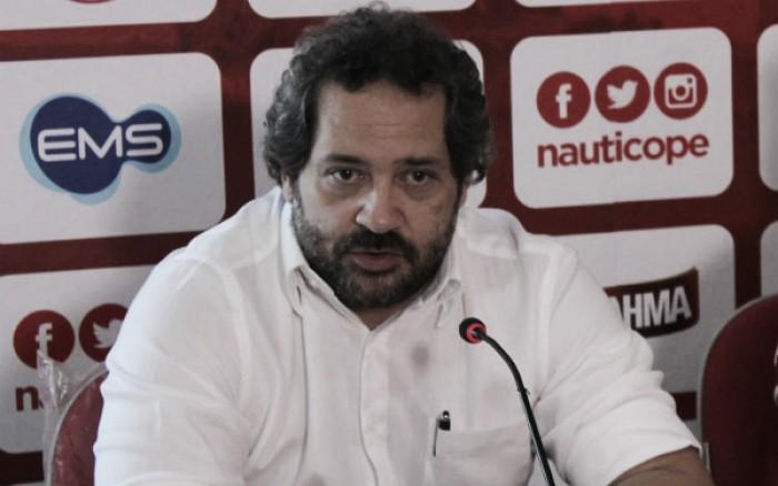 Diretoria do Náutico nega veto a atletas e analisa situação financeira para 2017