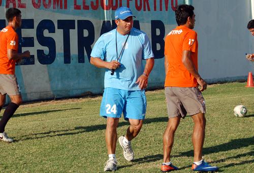 """DT Edwin Cozar:""""Los errores de los árbitros, cambian la historia del partido"""""""