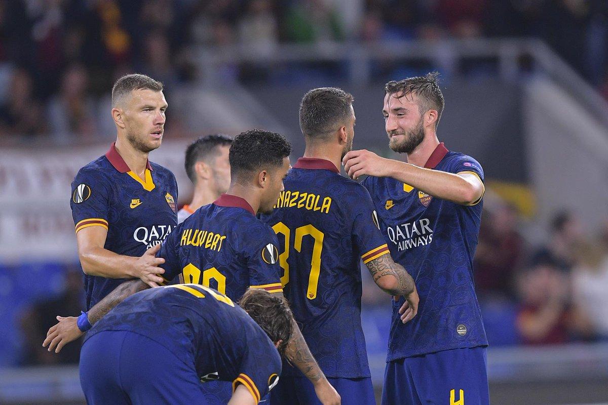 Europa League - La Roma schianta il Basaksehir: 4-0 all'Olimpico