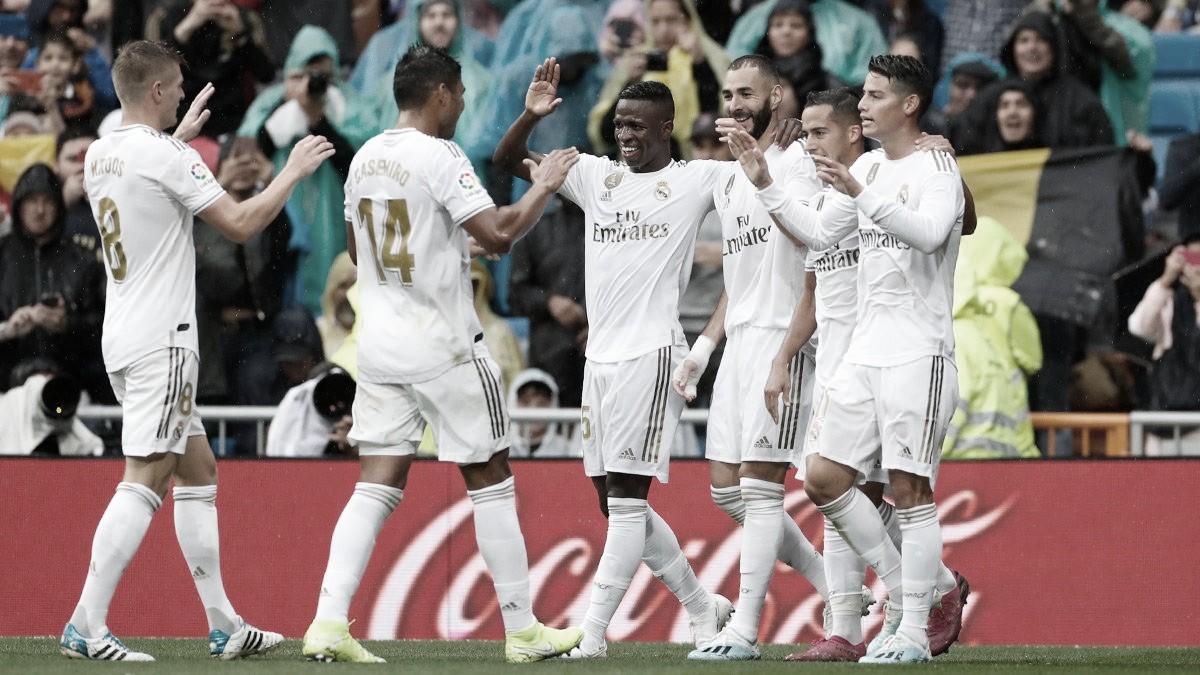 Em boa atuação de Benzema, Real Madrid derrota Levante