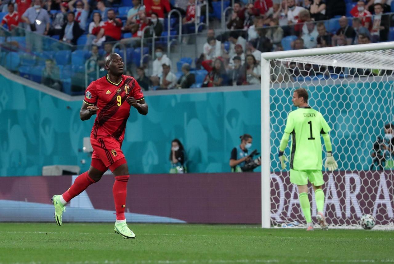 Euro 2020 - Debutto nel segno di Lukaku per il Belgio: 3-0 alla Russia