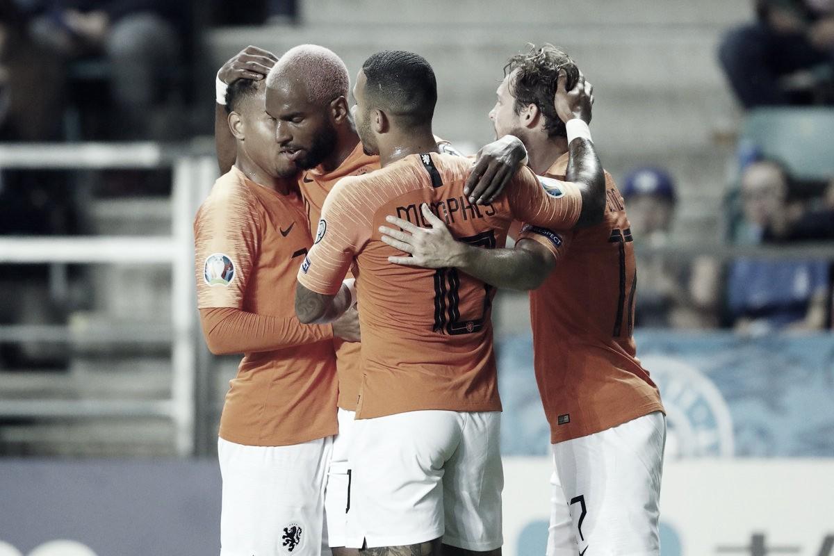 Holanda domina eatropela Estônia pelasEliminatórias da Eurocopa