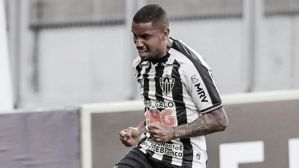 """Volante Jair comemora gol e alerta sobre vantagem do Atlético-MG: """"Resultado perigoso"""""""