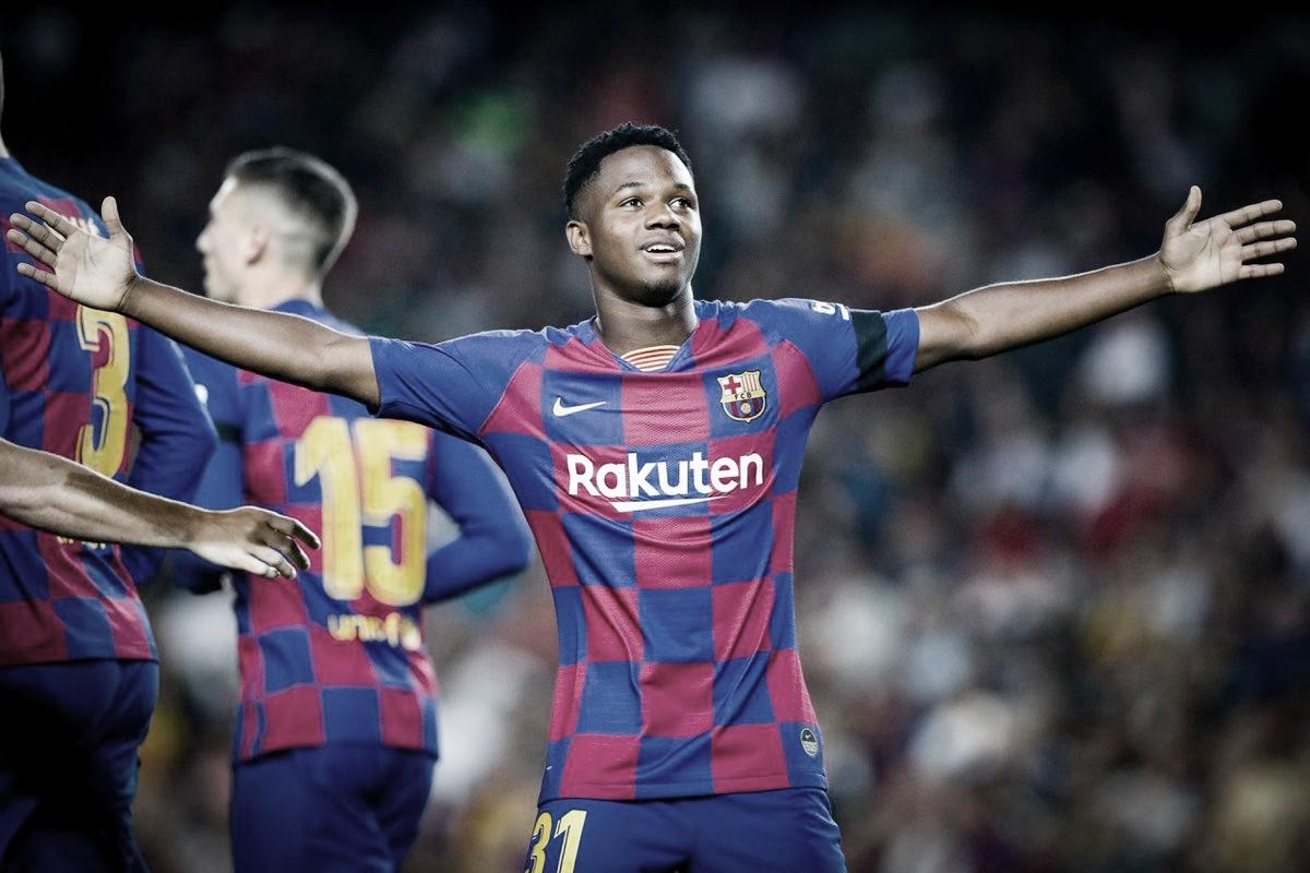 Com show de Anssumane Fati, Barcelona atropela Valencia no Camp Nou