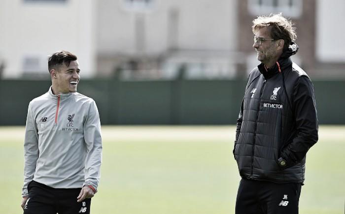 """Klopp acaba com especulações sobre possível saída de Coutinho: """"Liverpool não é clube de vendas"""""""