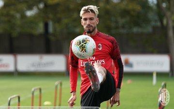 Milan, primo allenamento per Rebic ma contro il Verona spazio ancora a Castillejo