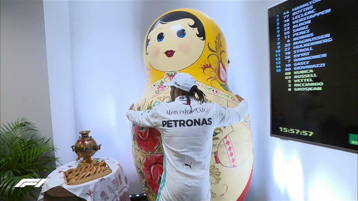 Formula 1 Gp Russia- La Ferrari si rovina da sola ed è doppietta Mercedes