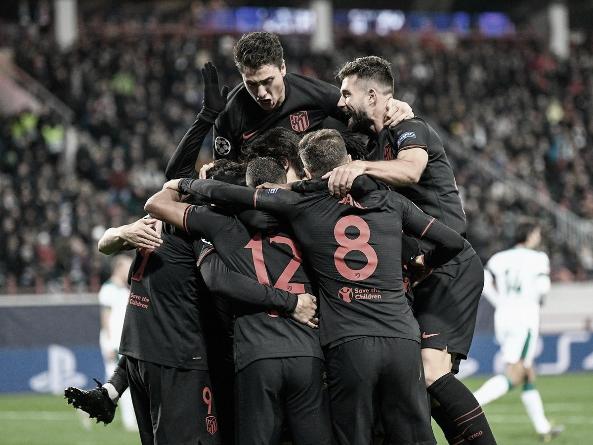 Atlético de Madrid decide no segundo tempo e venceLokomotiv Moscou