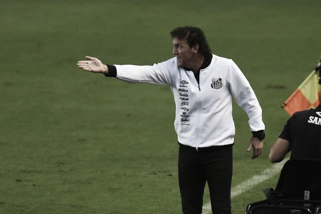 """Cuca valoriza empenho do Santos, mas lamenta empate: """"Comandamos o jogo"""""""