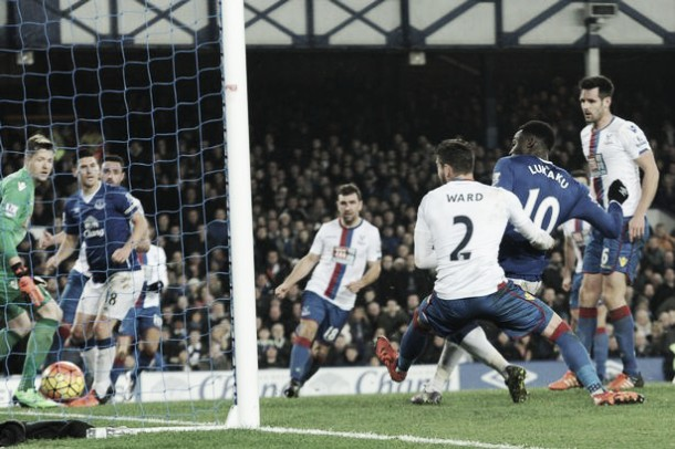 Everton 1-1 Crystal Palace: Lukaku rescues a point for the Toffees in frantic finale