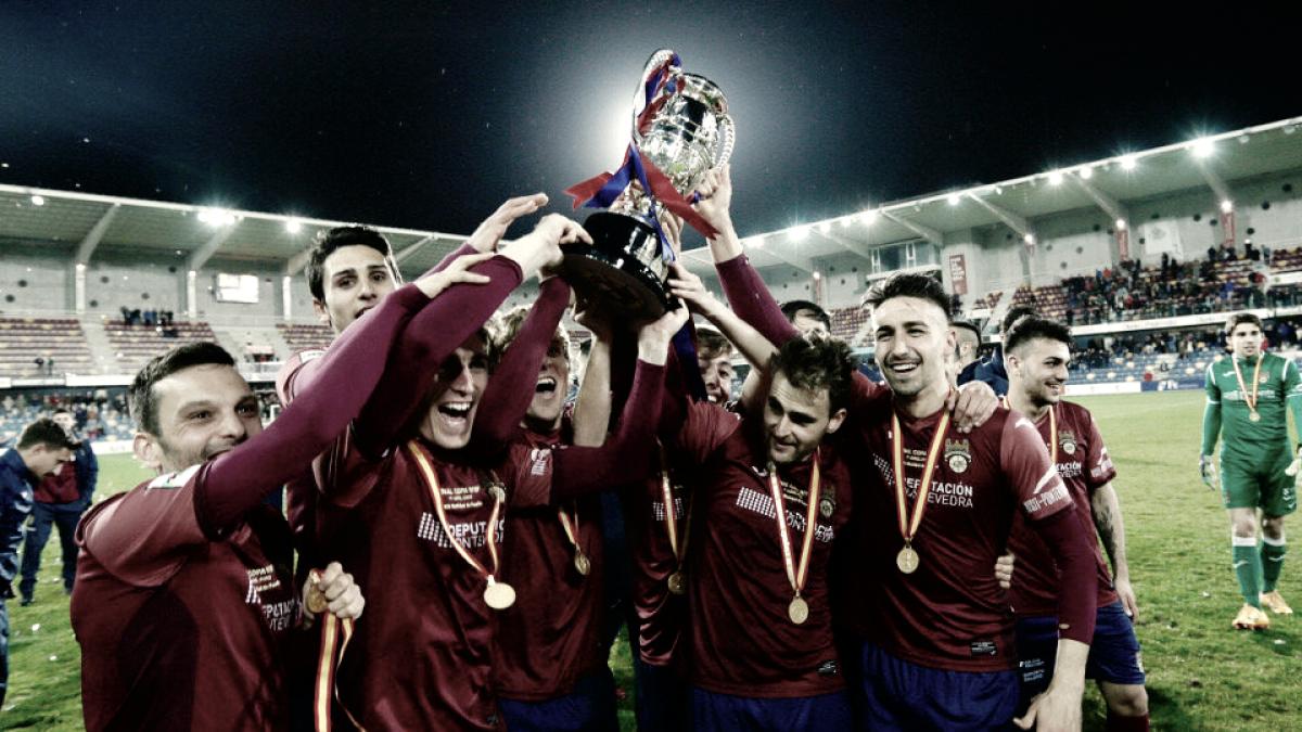 Pontevedra CF: cuatro finales más