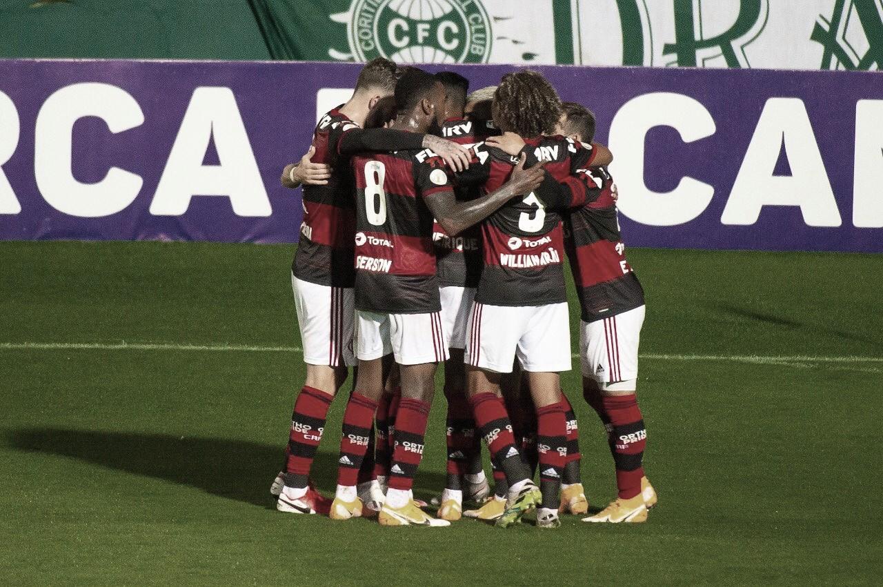 Alívio: Flamengo melhora transições defensivas e ofensivas e vence Coritiba