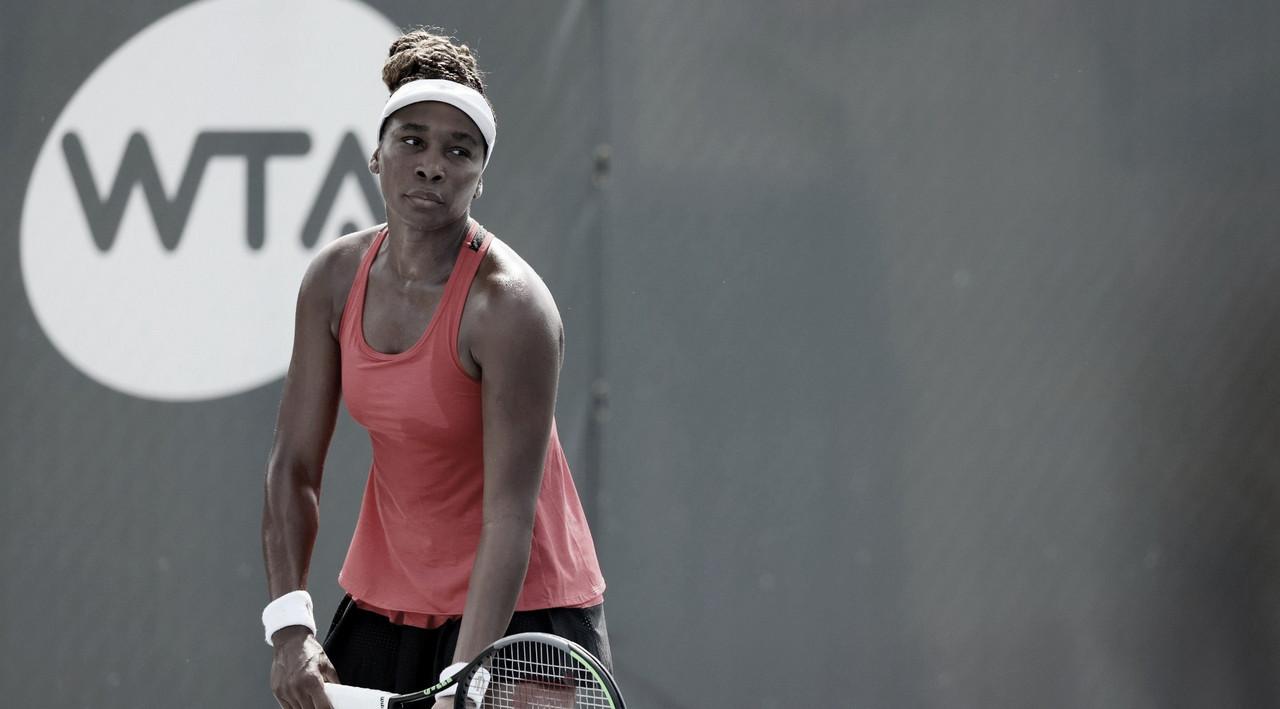 Venus supera Azarenka e encara Serena na segunda rodada em Lexington
