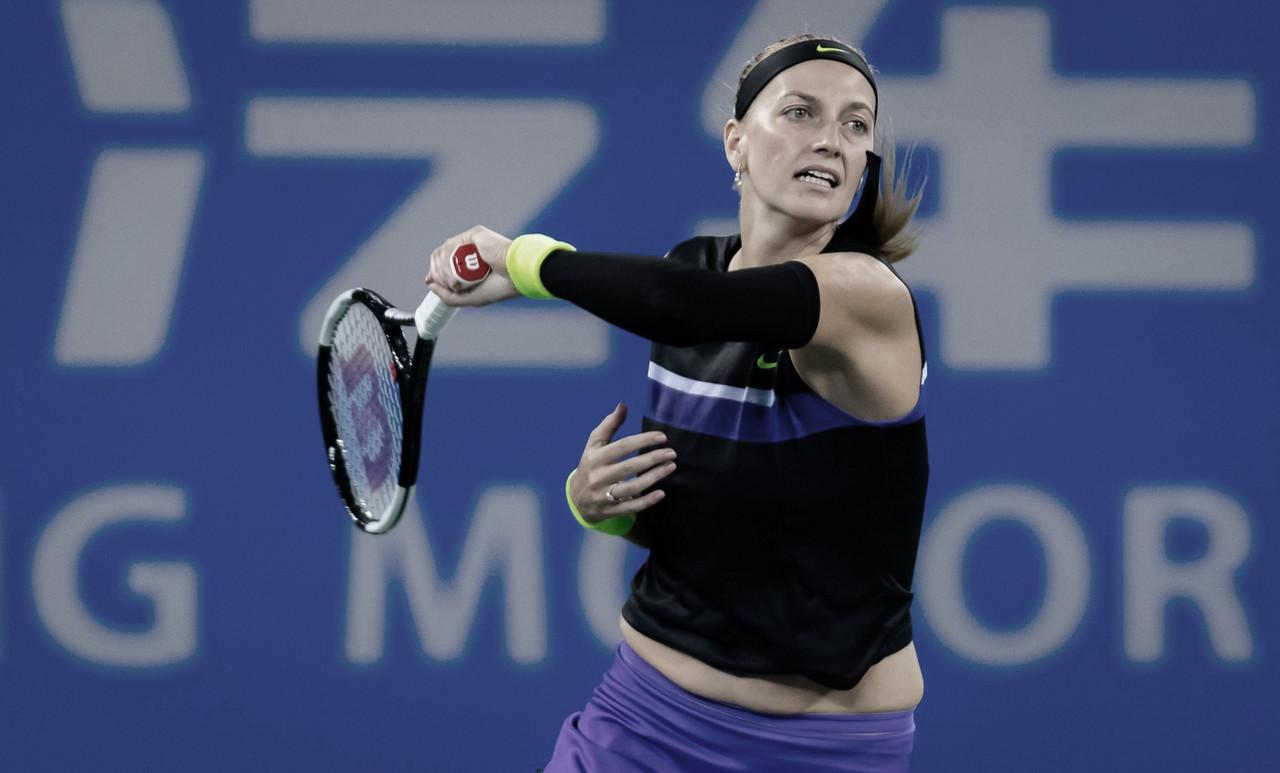 Kvitova passa por Hercog e avança às oitavas em Wuhan