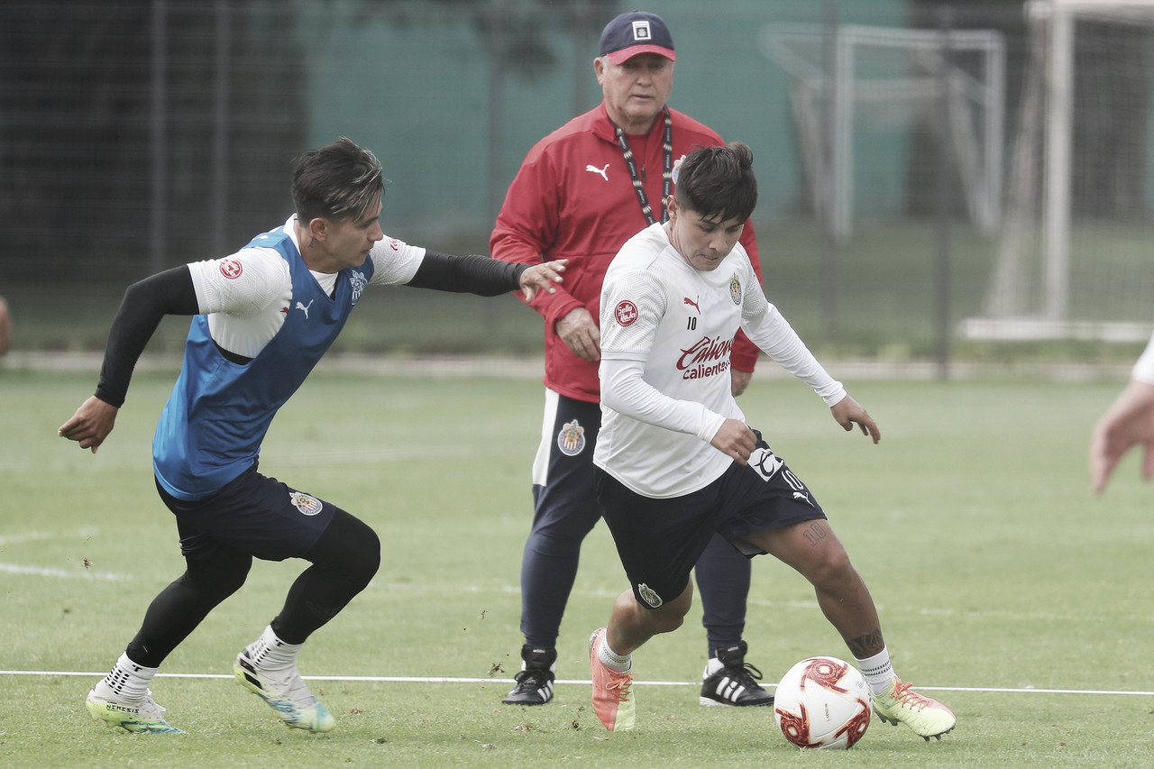 Javier López y Dieter Villalpando: ¿qué tan importantes son para Chivas?