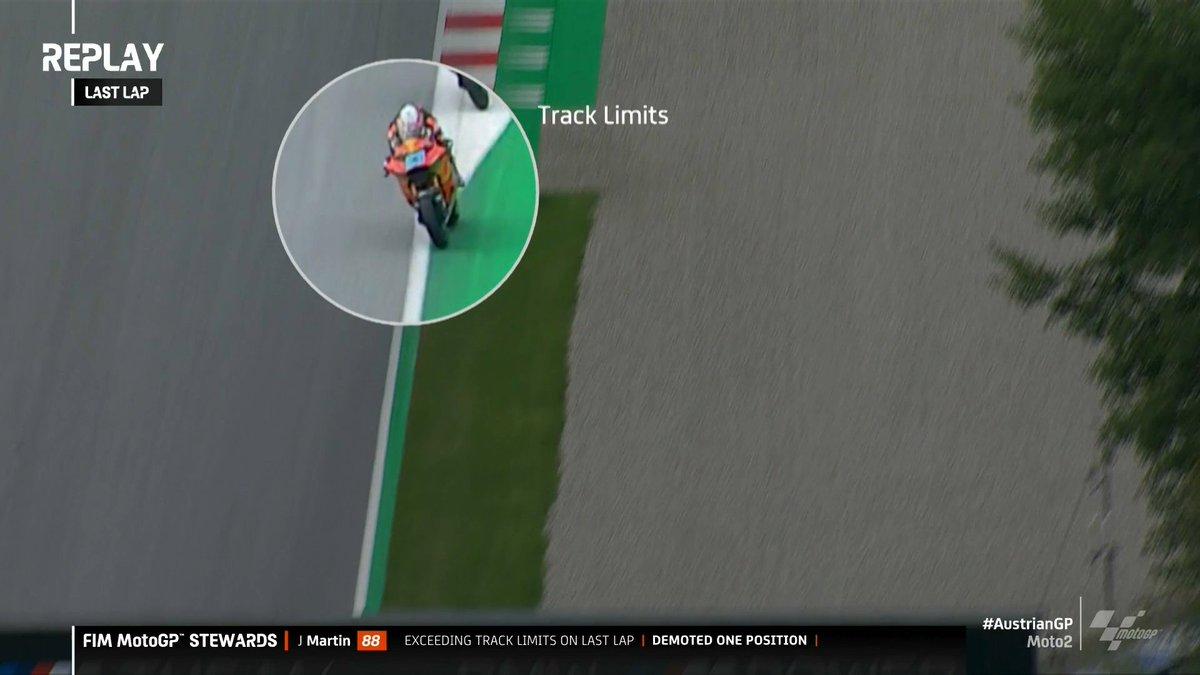 Gp Stiria: Spettacolo Moto2, vince Bezzecchi e secondo Martin per penalità data allo spagnolo