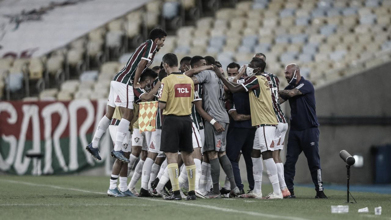 Com paciência, Fluminense impressiona e vence Vasco ineficiente pela Série A