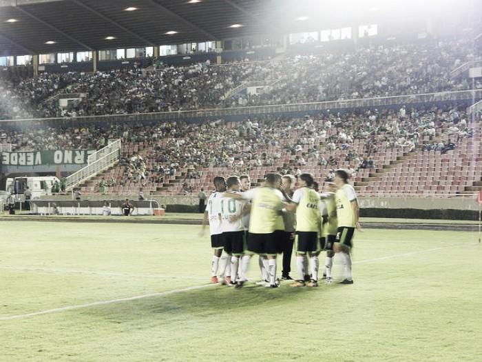 Rafael Moura desencanta e América goleia Uberlândia pelo Campeonato Mineiro