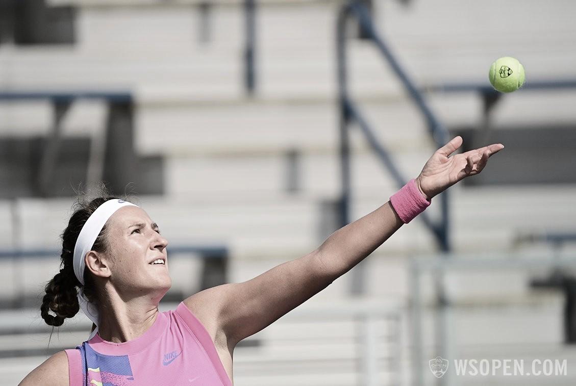 Azarenka derrota Jabeur em Cincinnati e chega à sua primeira semifinal em mais de um ano