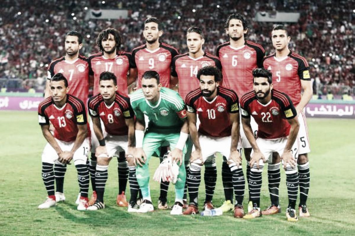 Egito anuncia convocação para Copa com Salah, Elneny e goleiro de 45 anos