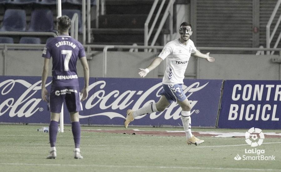 El Tenerife de Fran Fernández comienza ganando (2-0)