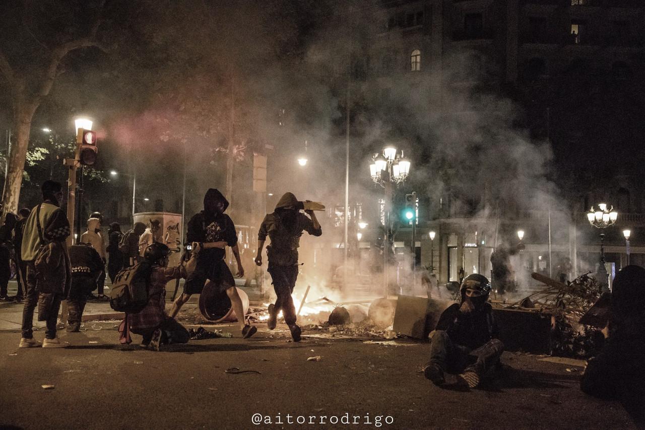 """""""Otoño caliente"""" en Cataluña: ¿hasta cuándo durará?"""