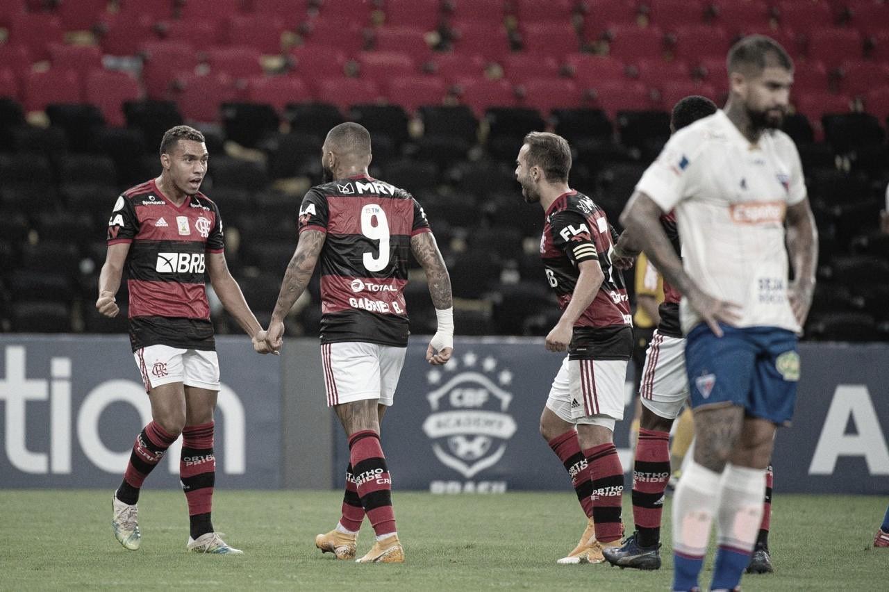 Domínio da posse de bola e marcação alta: com novo trunfo, Flamengo busca vitória contra Fortaleza