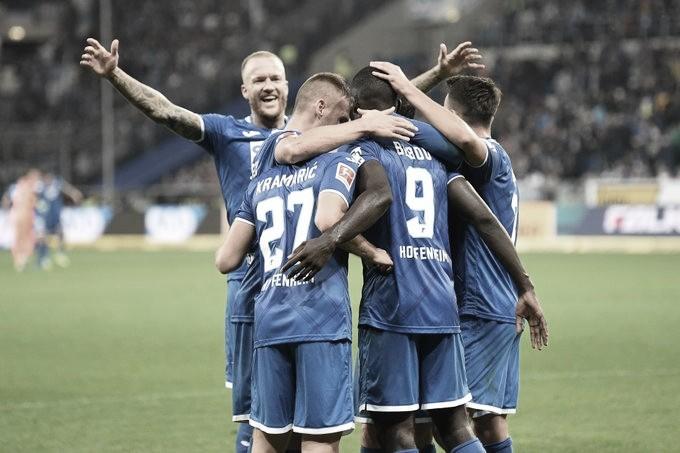 Schalke 04 perde para Hoffenheim e desperdiça oportunidade de ser líder da Bundesliga
